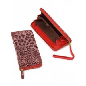 Удобное женское портмоне из натуральной кожи Podium B-51641-red