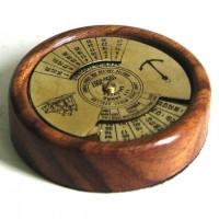 Морской календарь в деревянном корпусе NI447D