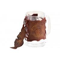 Пивной бокал в кожаной отделке «Пива Глоточек»