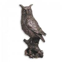 Статуэтка сова на пне