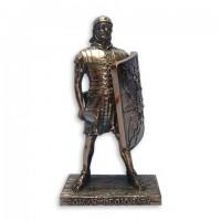 Статуэтка  римский легионер