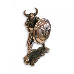 Статуэтка  воина викинга