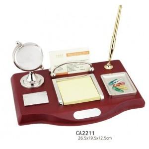 Набор настольный (глобус, ручка, визитница, подставки под бумагу, скрепки)