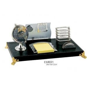 Набор настольный (глобус, календарь, подставкапод ручку, бумагу)