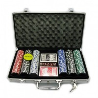 Набор для игры в покер на 300 фишек с номиналом